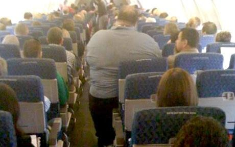 fat_guy_airplane